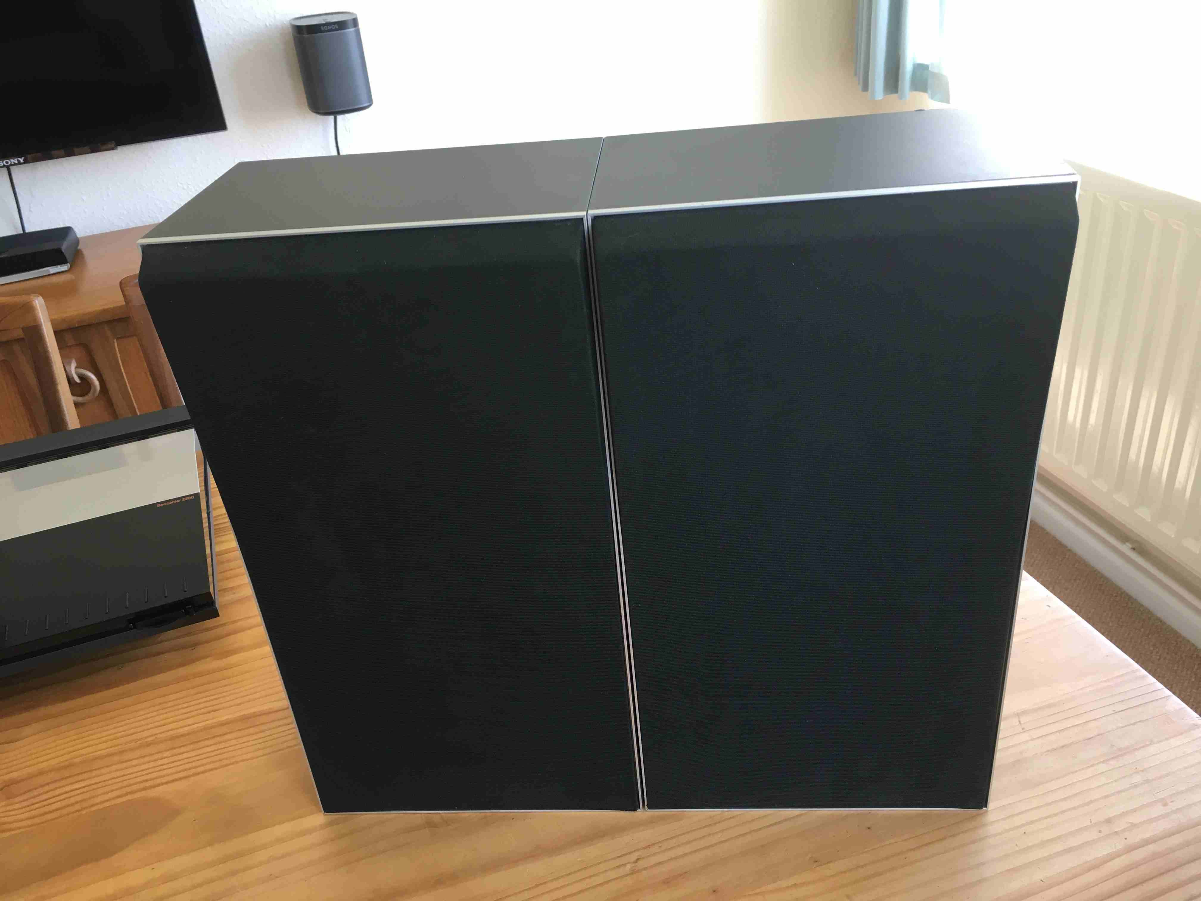 Bang and Olufsen S2200 speakers